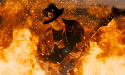 """Santana, Diane Warren e G-Eazy se unem no clipe de """"She's Fire"""""""