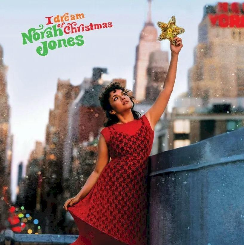 """Norah Jones anuncia seu primeiro álbum de Natal """"I Dream Of Christmas"""""""