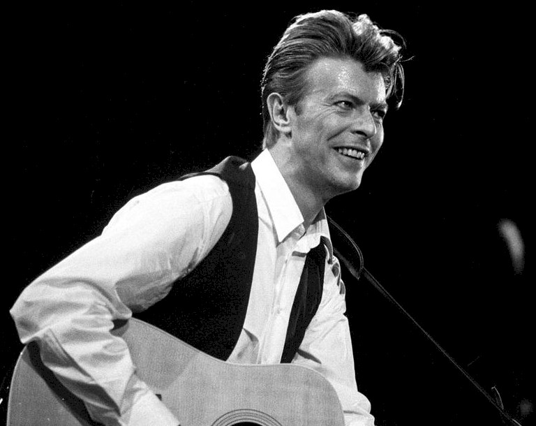 David Bowie é o grande vencedor do Brit Awards 2017