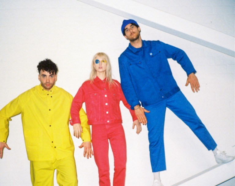 "Paramore lança o clipe de ""Told You So"""